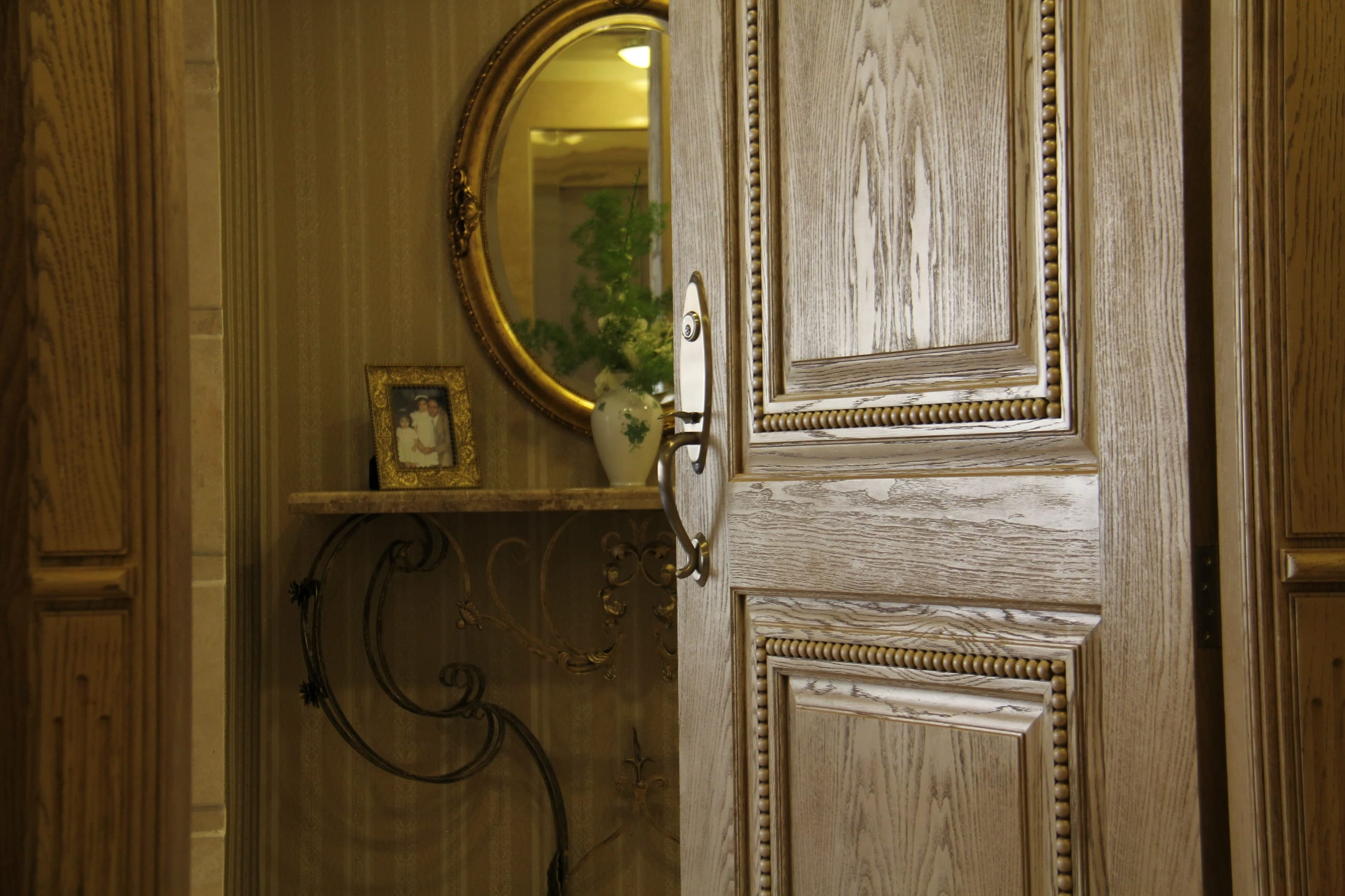 درب-چوبی