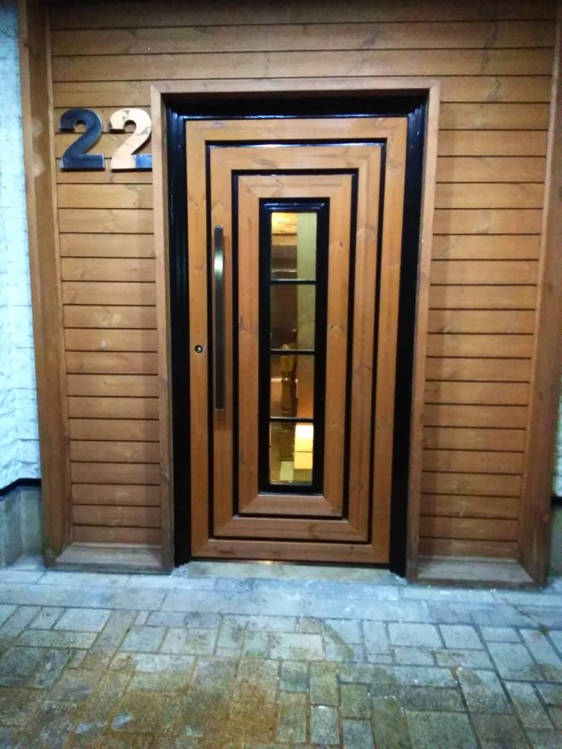 درب چوبی-بلوار فرحزادی